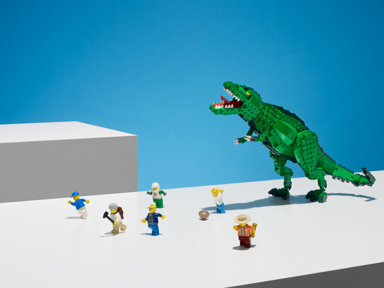 20140620-Audi-Lego-TRex-44212_HERO-02a.jpg