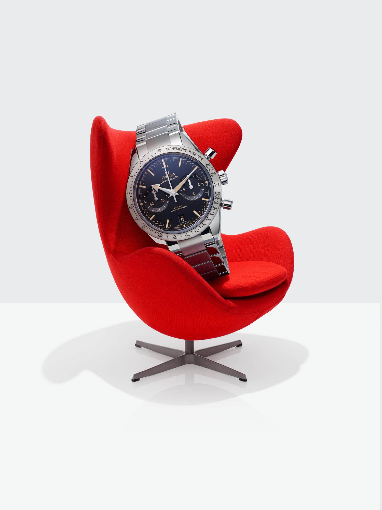 20150825 Egg Chair-43286 inside hero.jpg