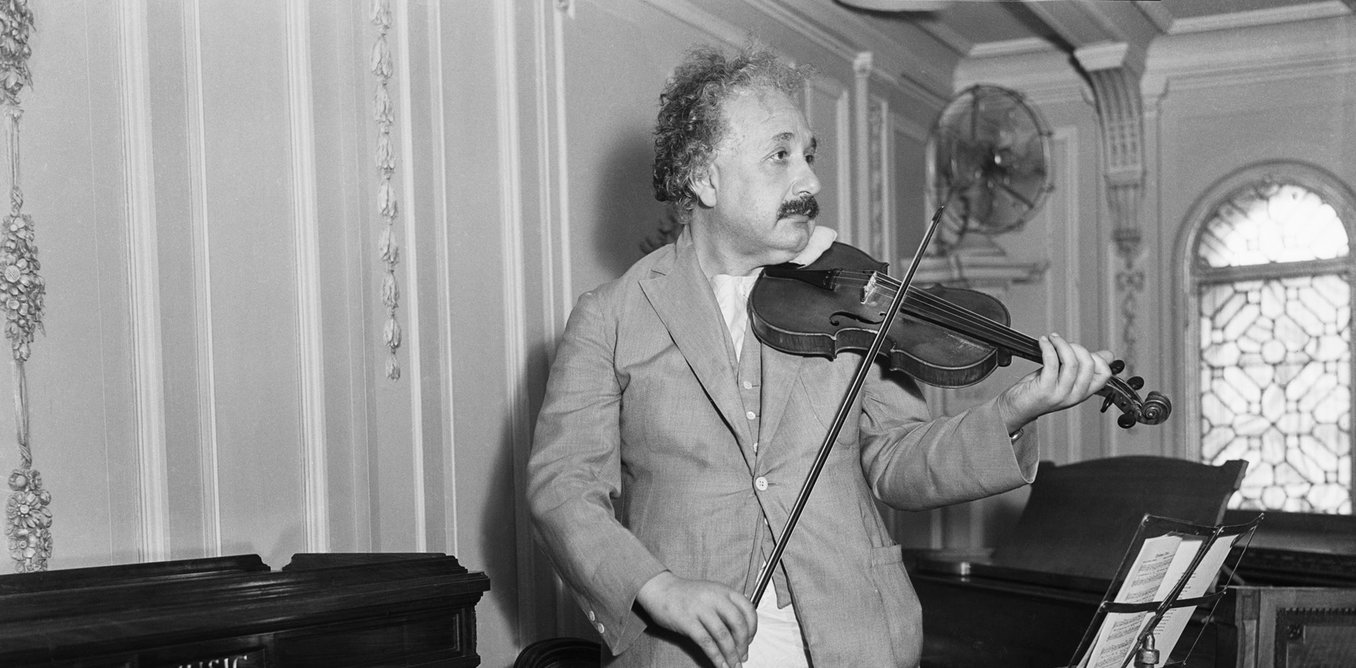 http://theconversation.com/good-vibrations-the-role-of-music-in-einsteins-thinking-54725