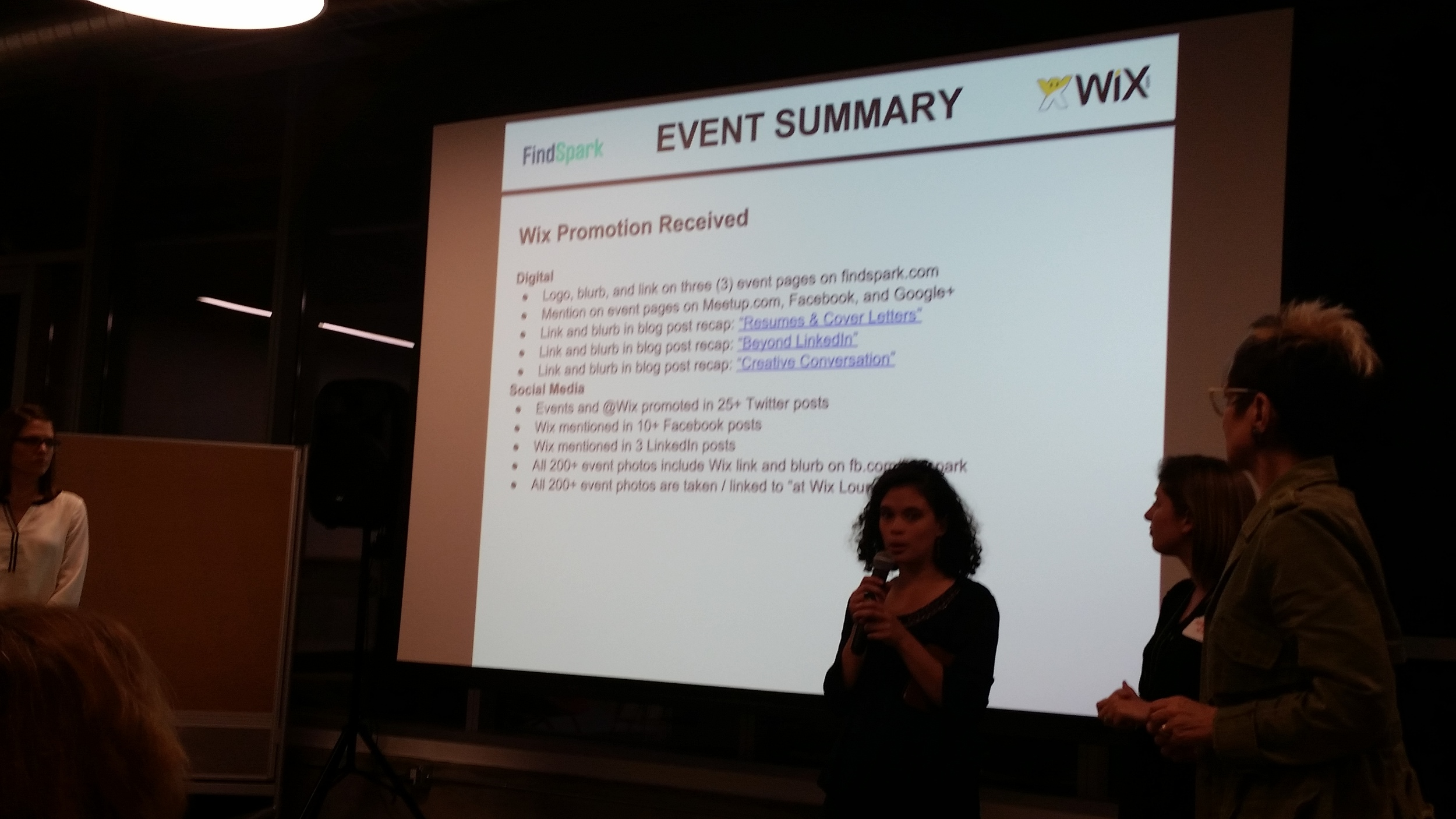 Adriani Leon presenting at the Wix event.