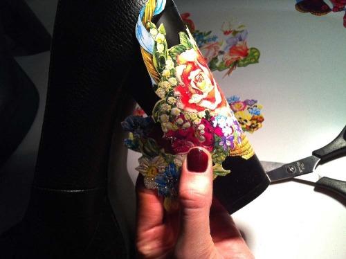 Anna_Lidstrom_DIY_FlowrShoes5.jpg