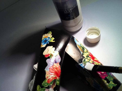 Anna_Lidstrom_DIY_FlowrShoes12.jpg
