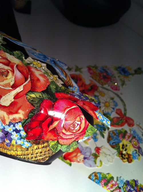 Anna_Lidstrom_DIY_FlowrShoes7.jpg
