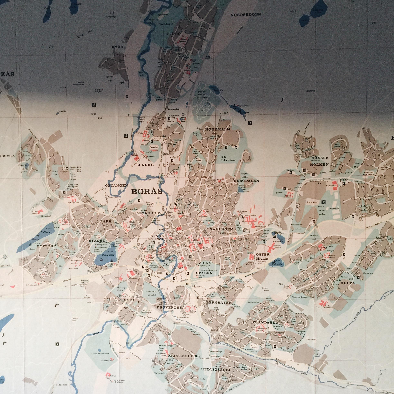 Ett annat glatt loppisfynd var den karta över Borås som jag hittade på Myrorna för ett par år sedan. Från 1974. Så fina milda färger.