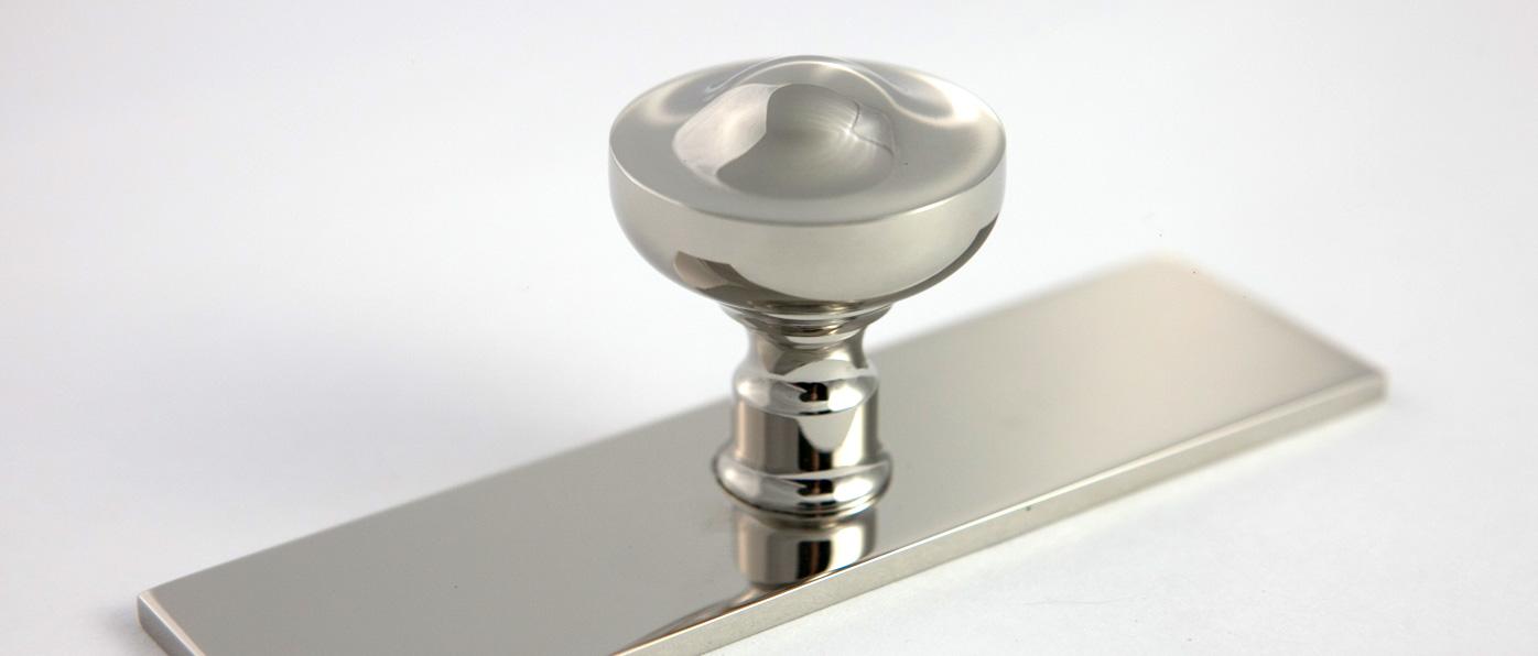 Cyma-cabinet-knob.jpg