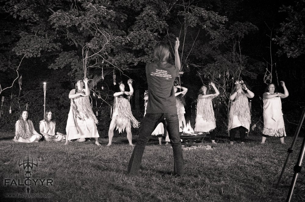 Kazi taught us the choreography for the Gaia chant, here she is leading the group. And yes she is wearing one of my tee shirt! :) Photo courtesy of Unicovia Pictures.
