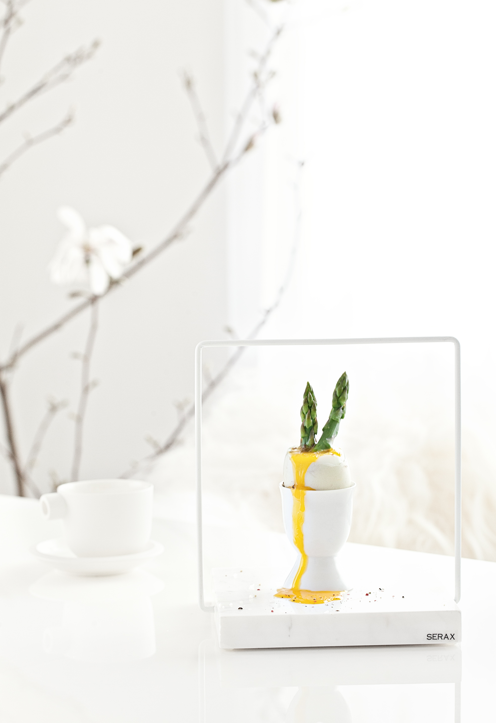 White Ceramics + Marble stand from   Serax Belgium