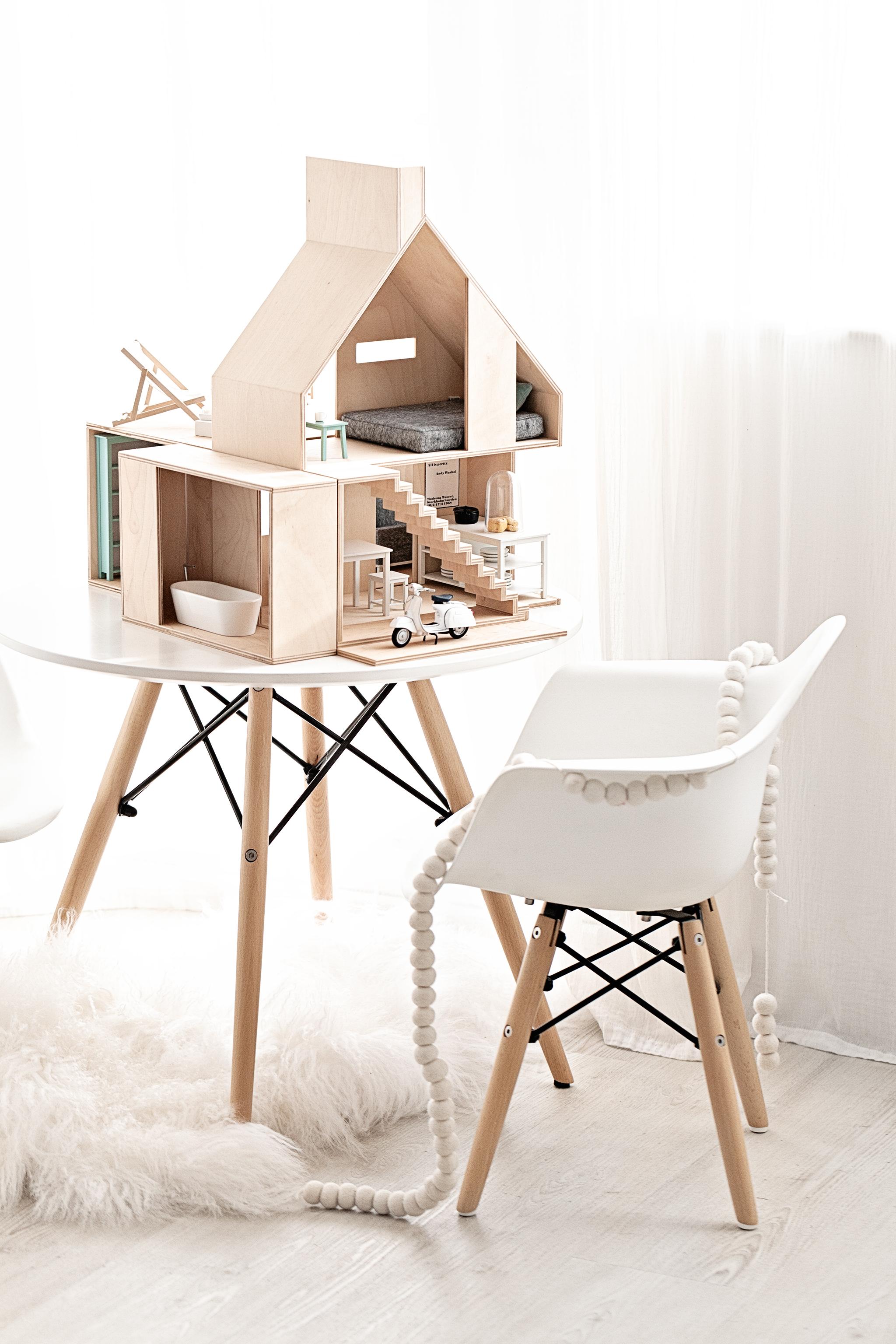 Dollhouse & Furnitures from  Boomini Dollhouses | White Mongolian Sheepskin Rug from  Milabert