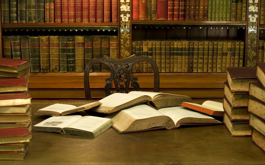 desk-with-books4.jpg