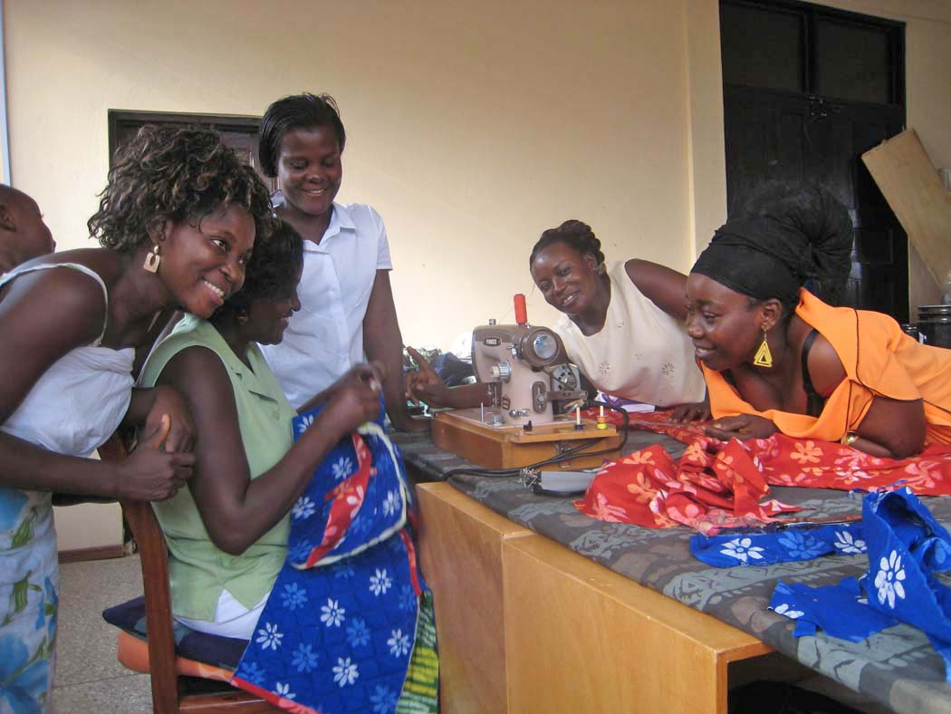 Global Mamas Garment Sewing Workshop