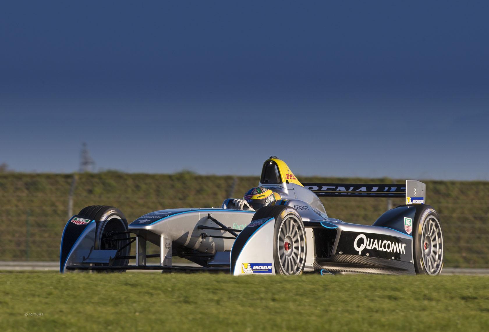 formula-e-la-ferte-gaucher-Spark-Renault-SRT_01E-2013-4.jpg