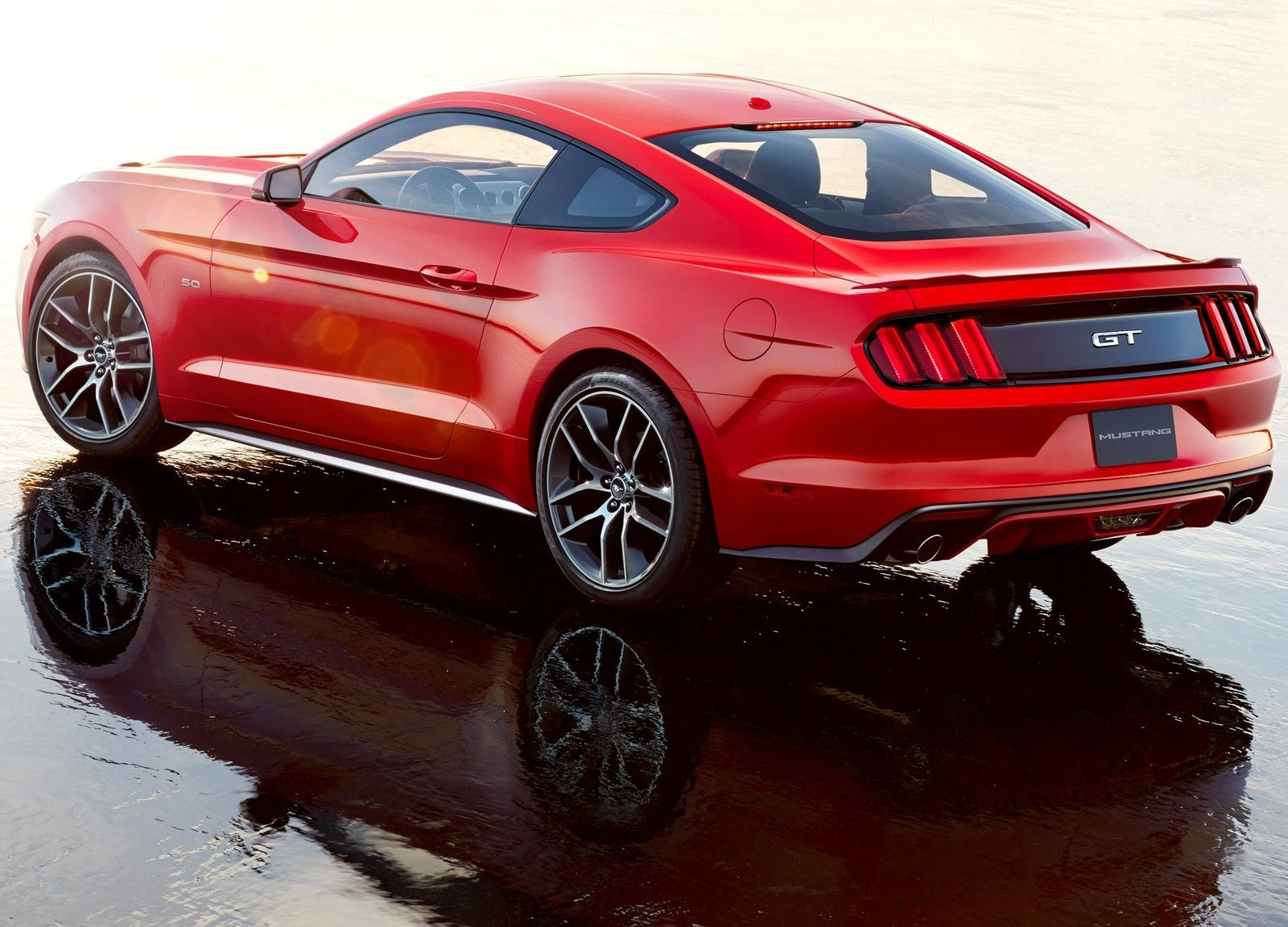 Ford-Mustang_GT_2015_1600x1200_wallpaper_11.jpg