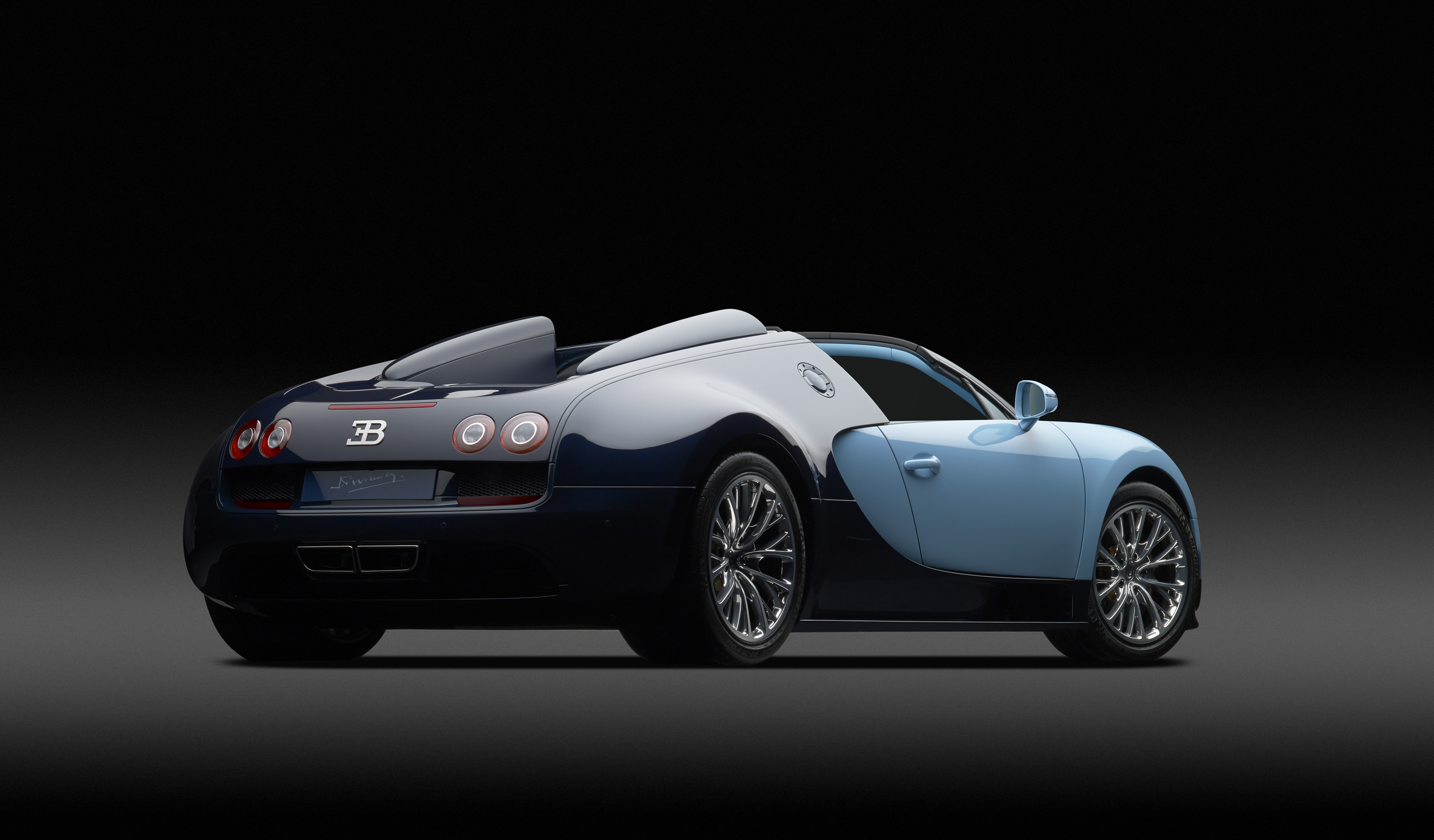 004_Bugatti_Vitesse_Legend_JP_Wimille.jpg
