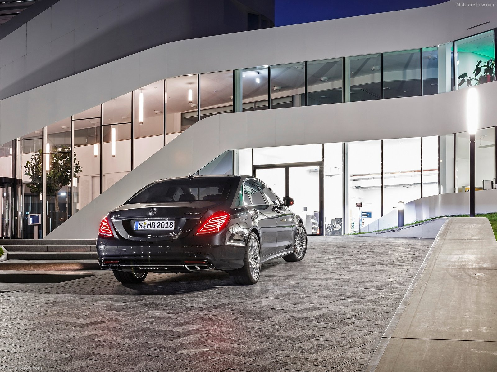 Mercedes-Benz-S65_AMG_2014_1600x1200_wallpaper_05.jpg