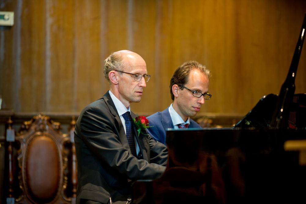 journalistieke-trouwfotografie-kampen-leusden-ijsselmuiden_0166.jpg
