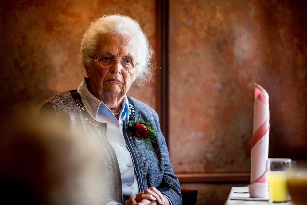 journalistieke-trouwfotografie-kampen-leusden-ijsselmuiden_0164.jpg