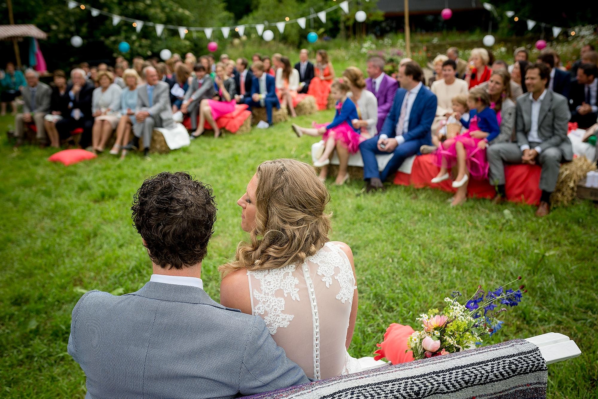 bruidsfotograaf-brabant-trouwen-in-het-bos-festivalbruiloft-vught-haaren_0087.jpg