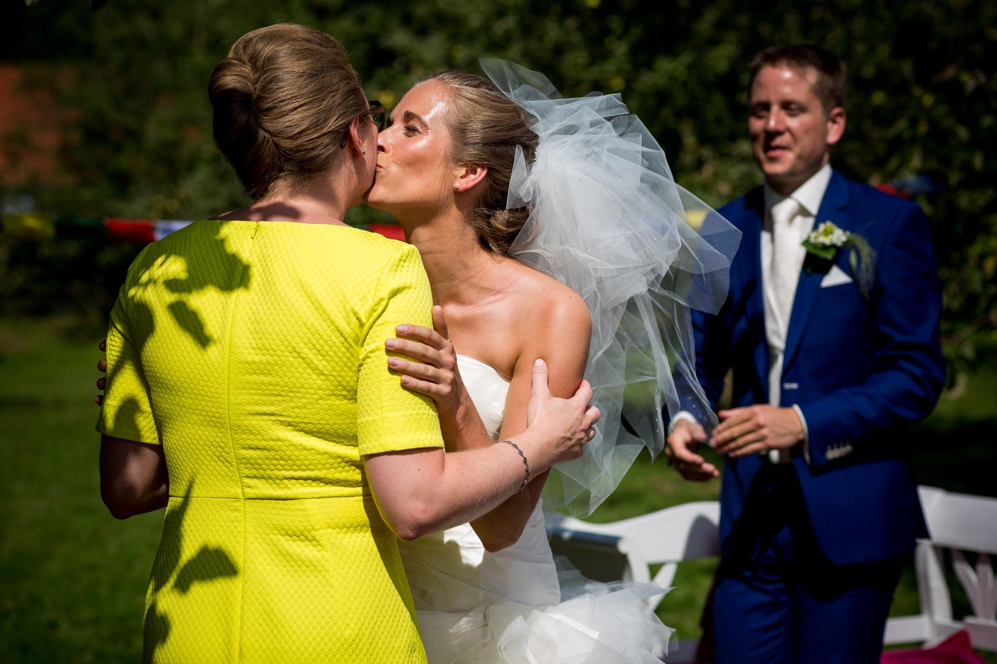 LNRD-bruidsfotograaf-landgoed-marienwaerdt-betuwe-gelderland_0992.jpg