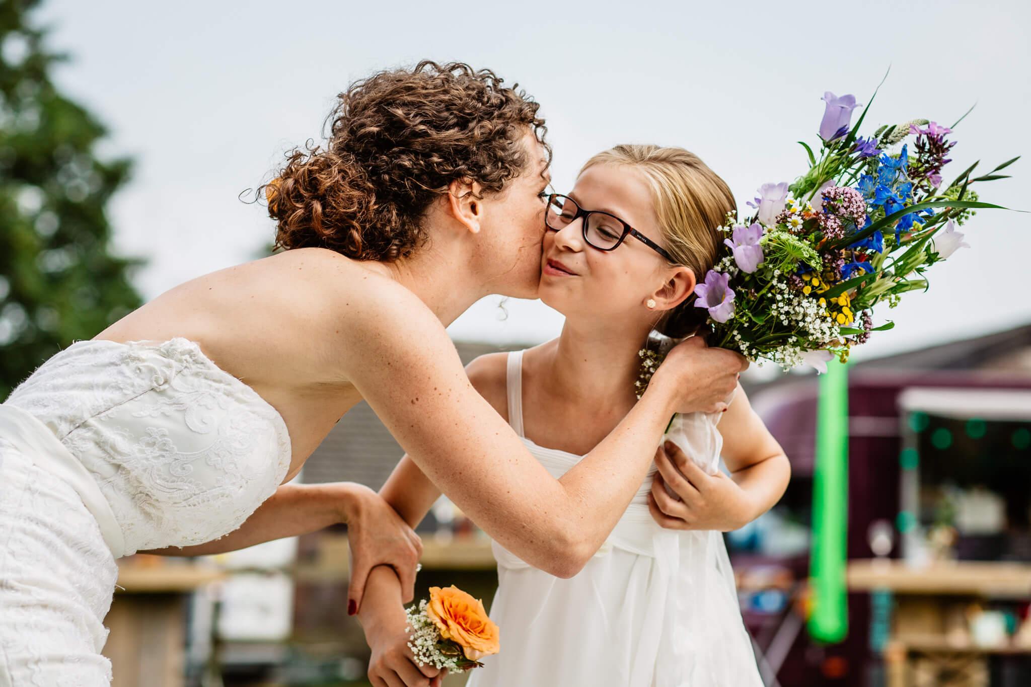 festivalbruiloft-bruidsfotograaf-utrecht-9.jpg