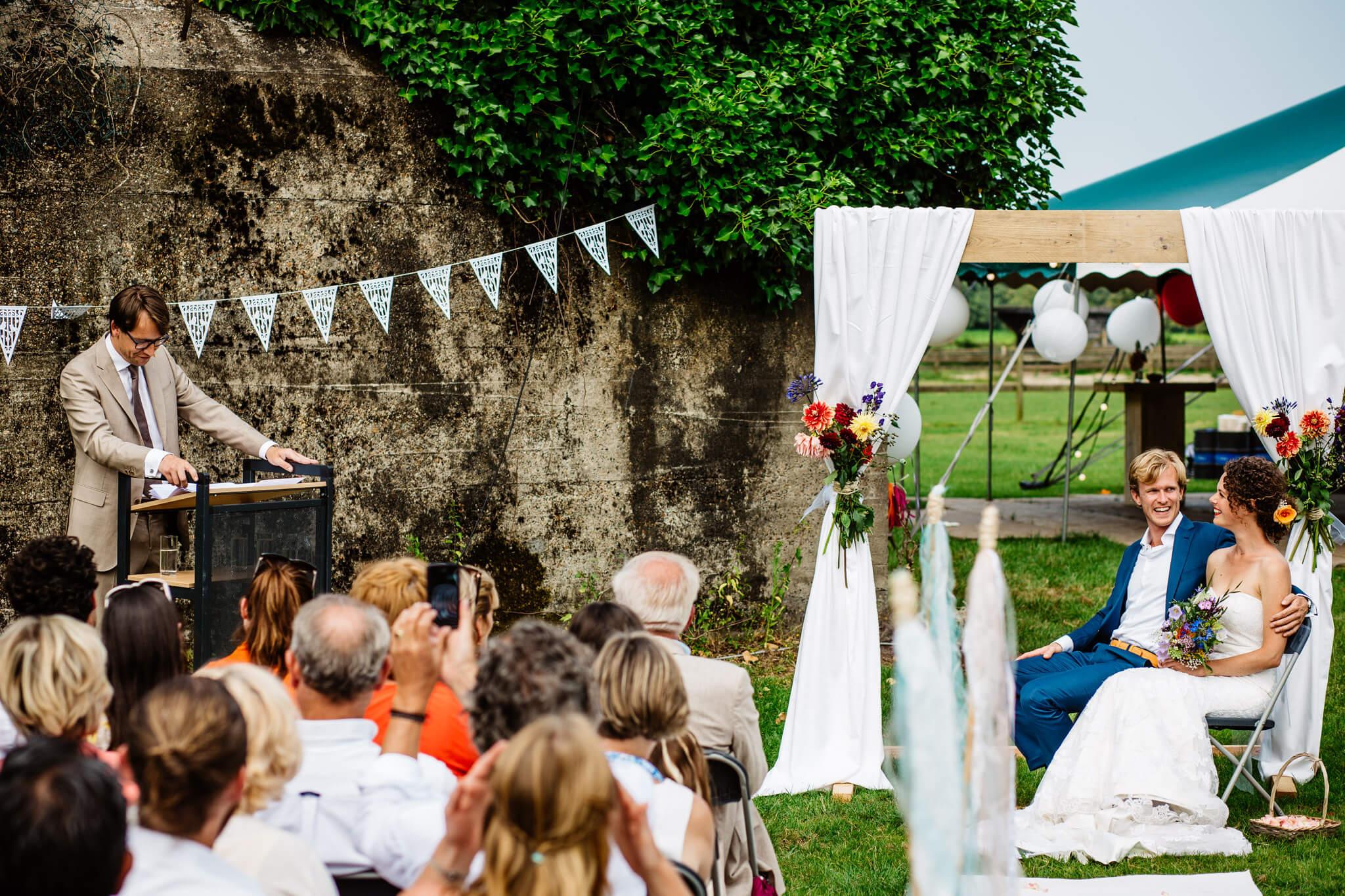 festivalbruiloft-bruidsfotograaf-utrecht-12.jpg