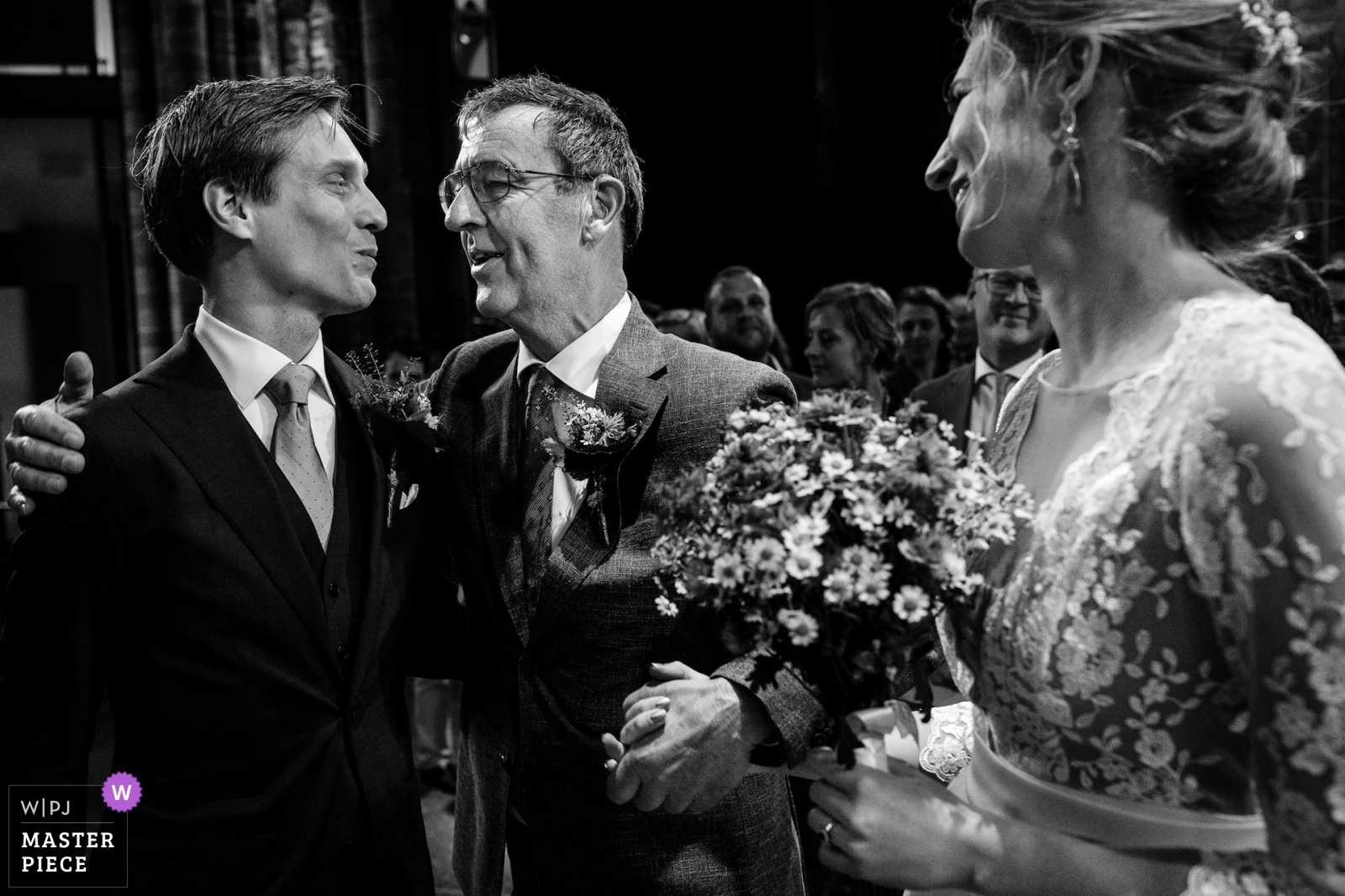 Wedding photo journalists association v6 2019
