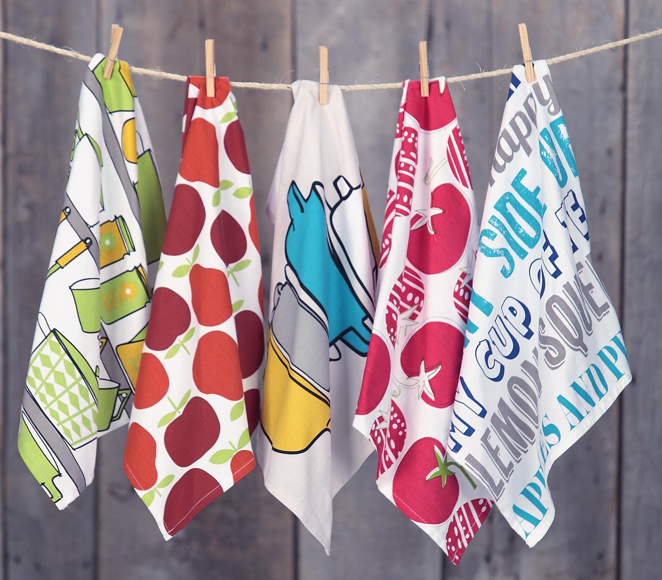 Towels Hanging sm.jpg