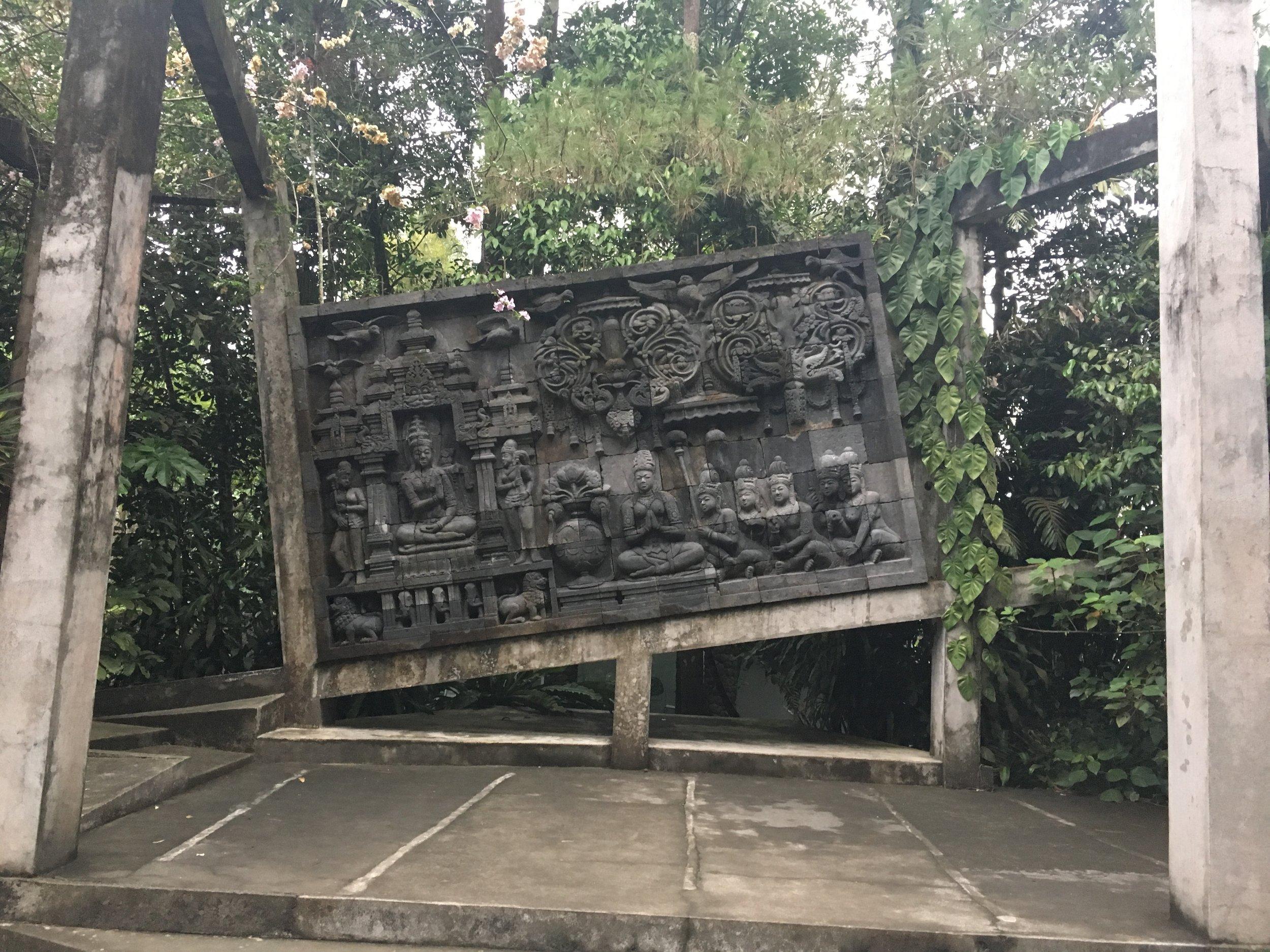 "The ""broken"" image of Java culture"