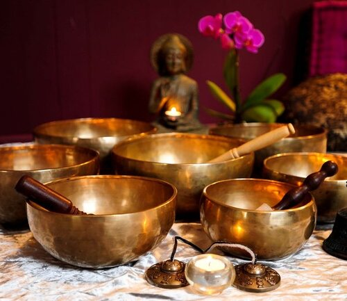 singing-bowls-space-clearing-feng-shui-tips-1.jpg