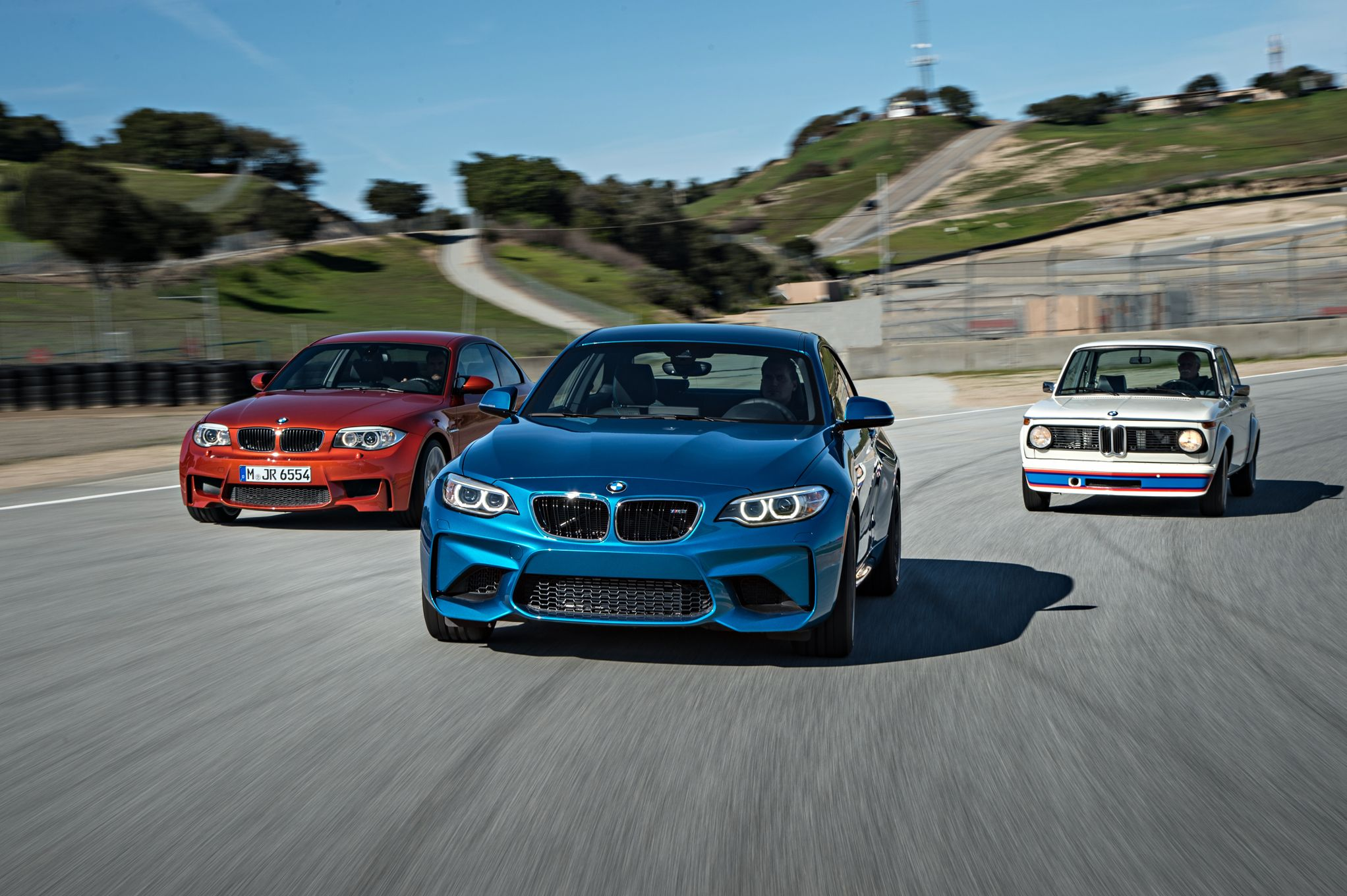 2016-bmw-m2-bmw-2002-turbo-and-bmw-1-series-m-coupe-front-end-in-motion.jpg