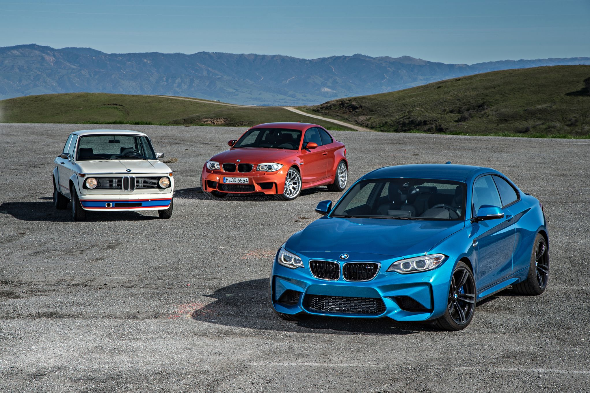 2016-bmw-m2-bmw-2002-turbo-and-bmw-1-series-m-coupe-front-three-quarter-02.jpg