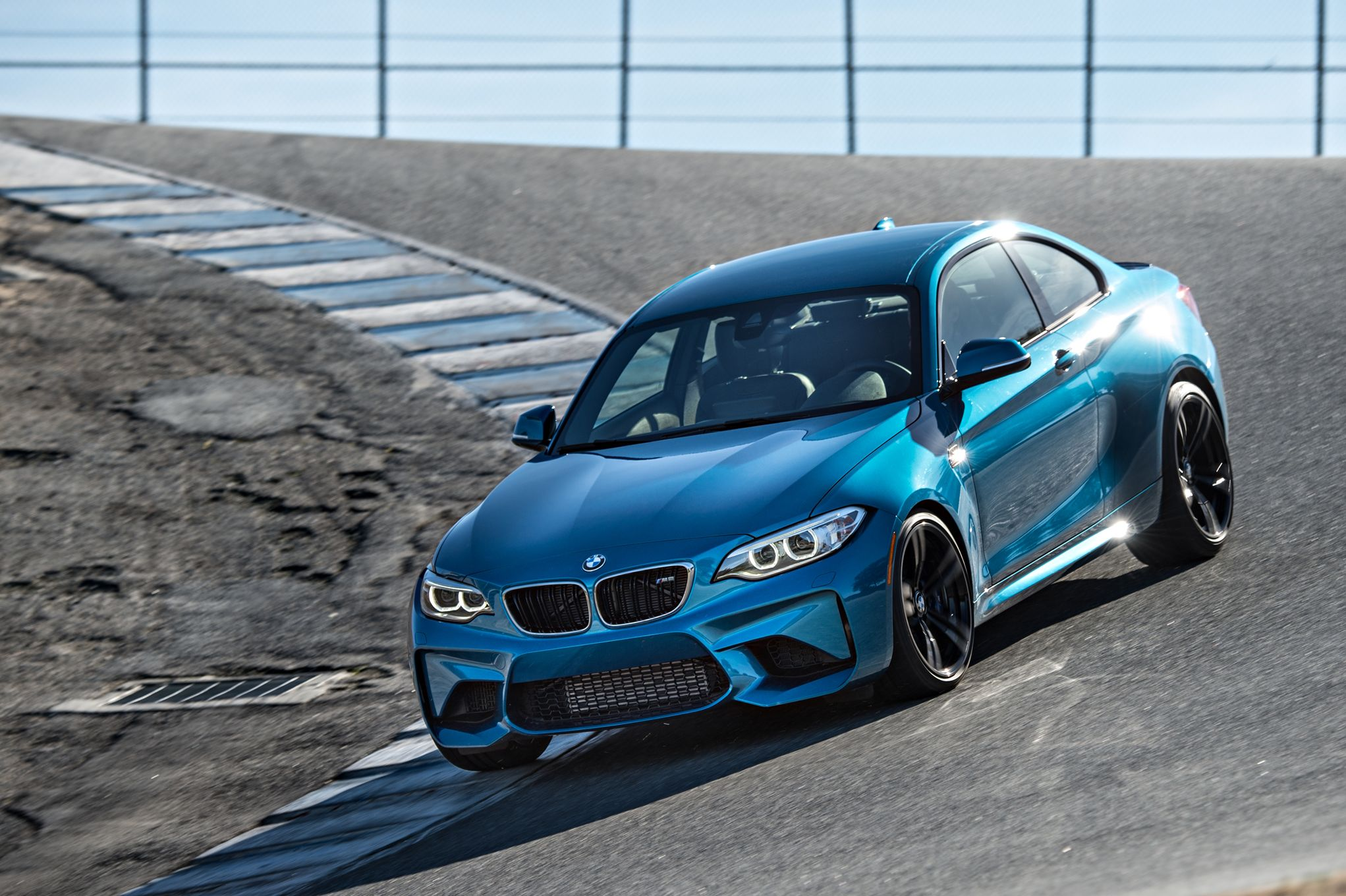 2016-bmw-m2-front-thre-quarters-in-motion.jpg