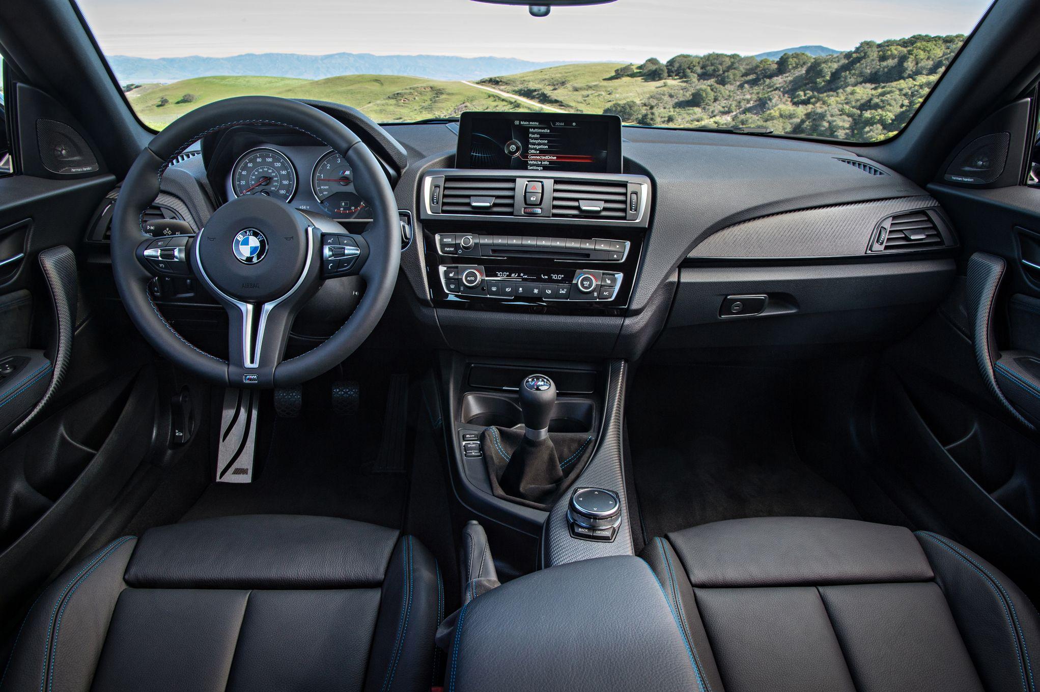 bmw-1-series-m-coupe-interior-02.jpg