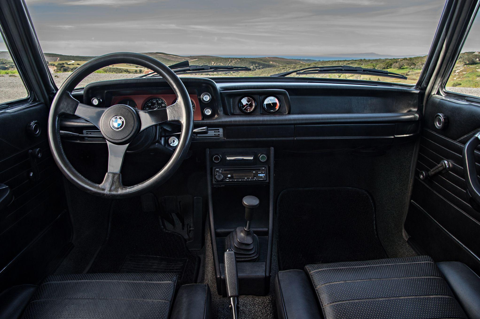 bmw-2002-turbo-interior.jpg