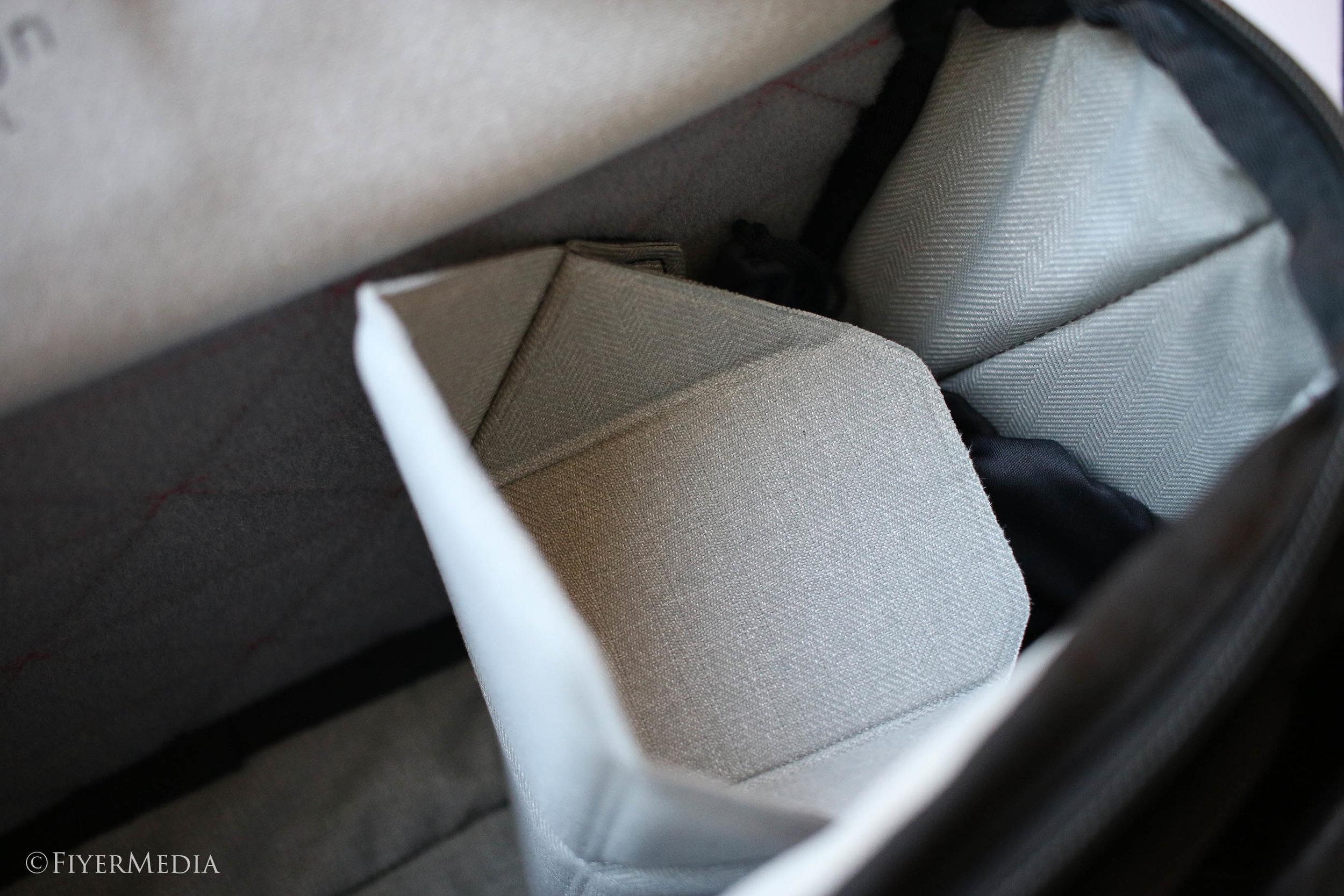 bagshelf.jpg