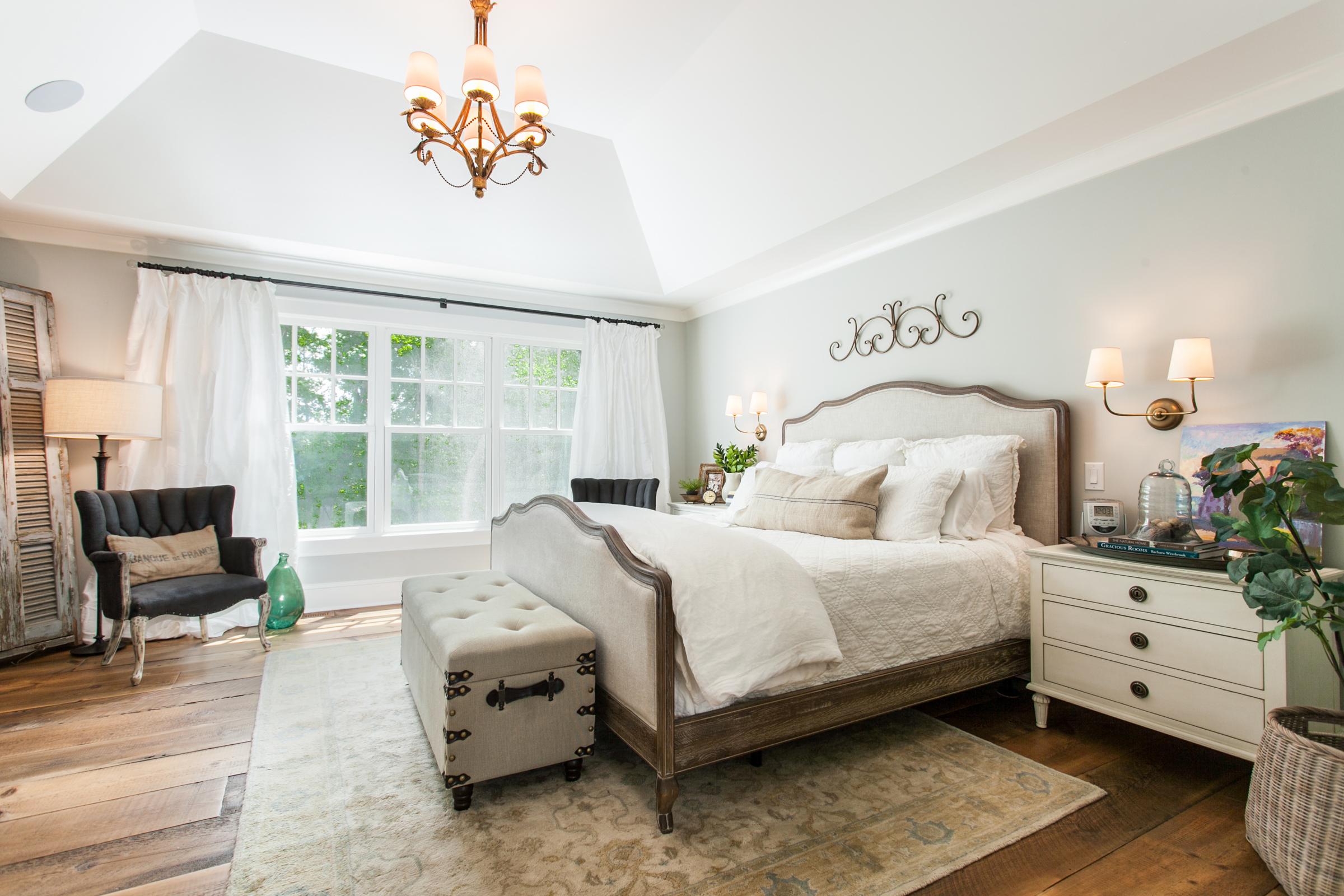 Master-Bedroom_high_2314081.jpg