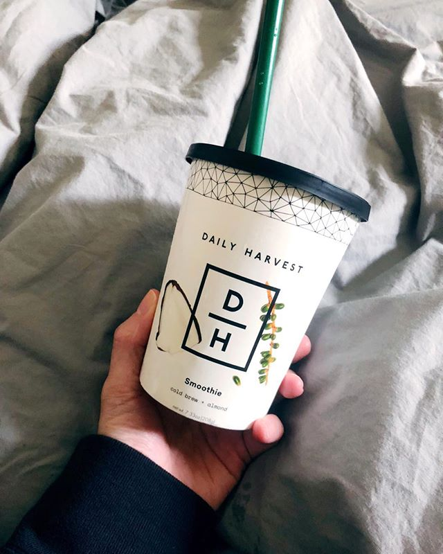 Trying out @dailyharvest for a few weeks and so far I love it!! Favorites include Cold Brew + Almond, Mint Cacao (tastes like mint choc chip ice cream), Avocado Cacao (tastes like fudge), and the Cauliflower Rice + Pesto Harvest Bowl. YUM! Looking forward to trying some of the lattes and more of the harvest bowls and parfaits. Proof that healthy food can taste like not so healthy food. Win. Win. Win. ⚡️🌱
