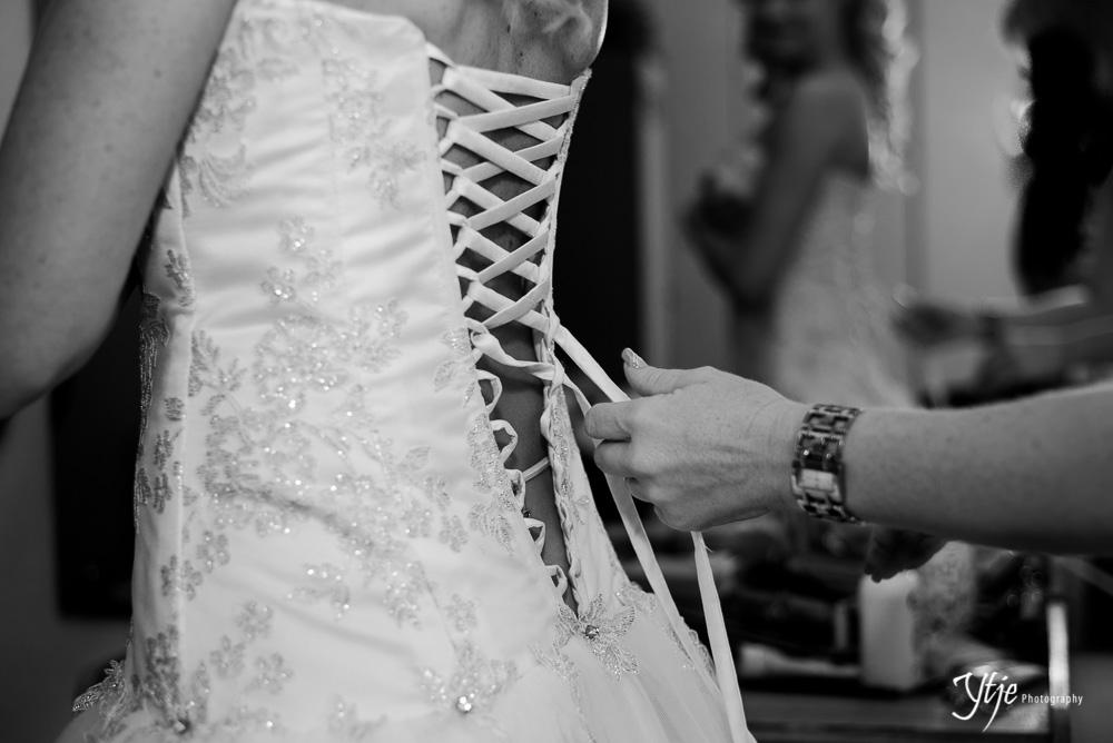 Steph & Dean - Wedding2013-5.jpg