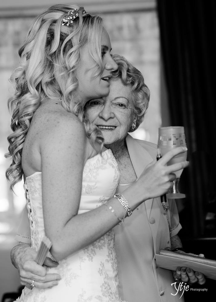 Steph & Dean - Wedding2013-7.jpg