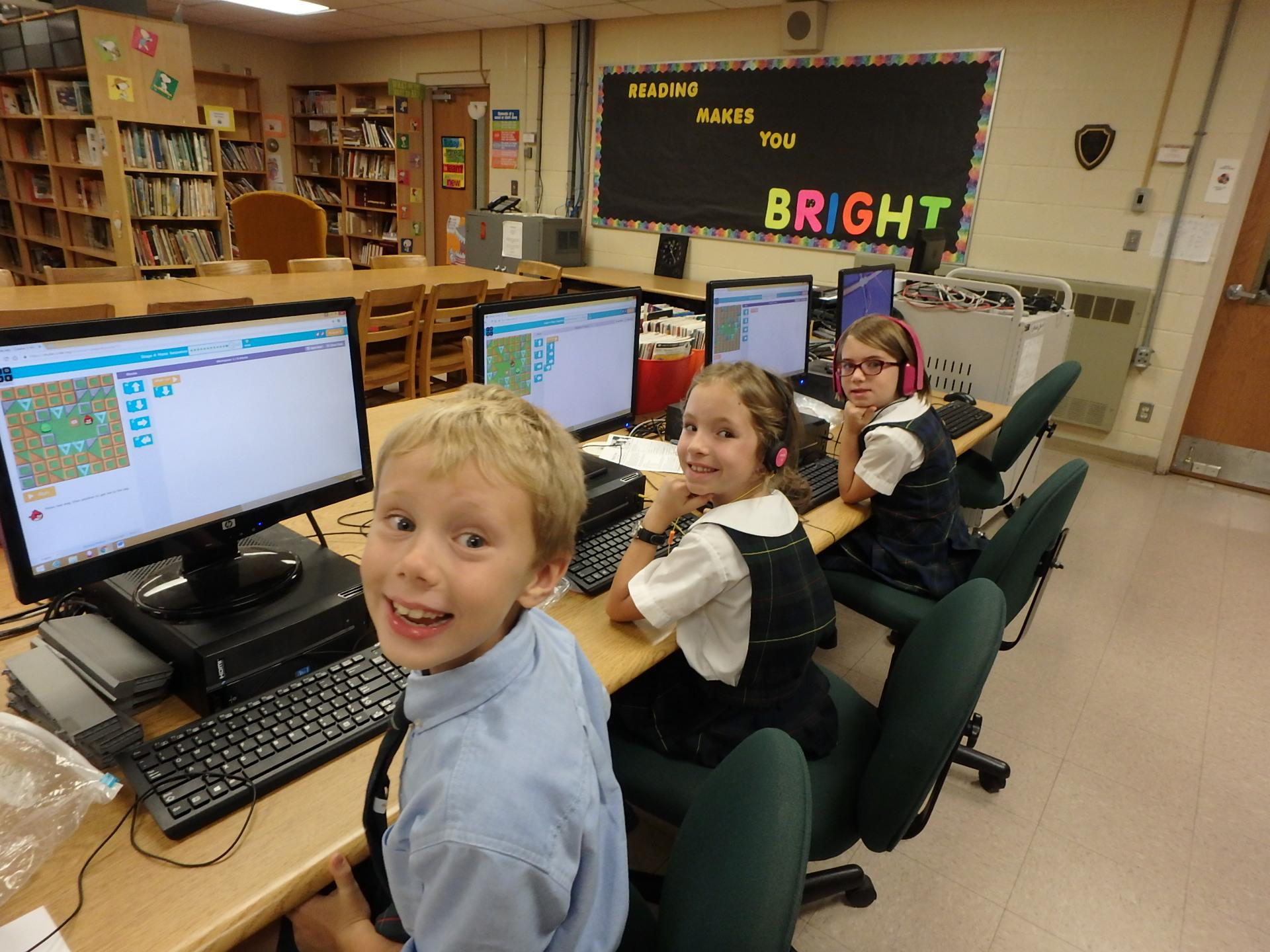 2nd grade computer.jpg