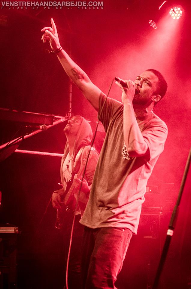 grimfest2012-venstrehaandsarbejde-300.jpg