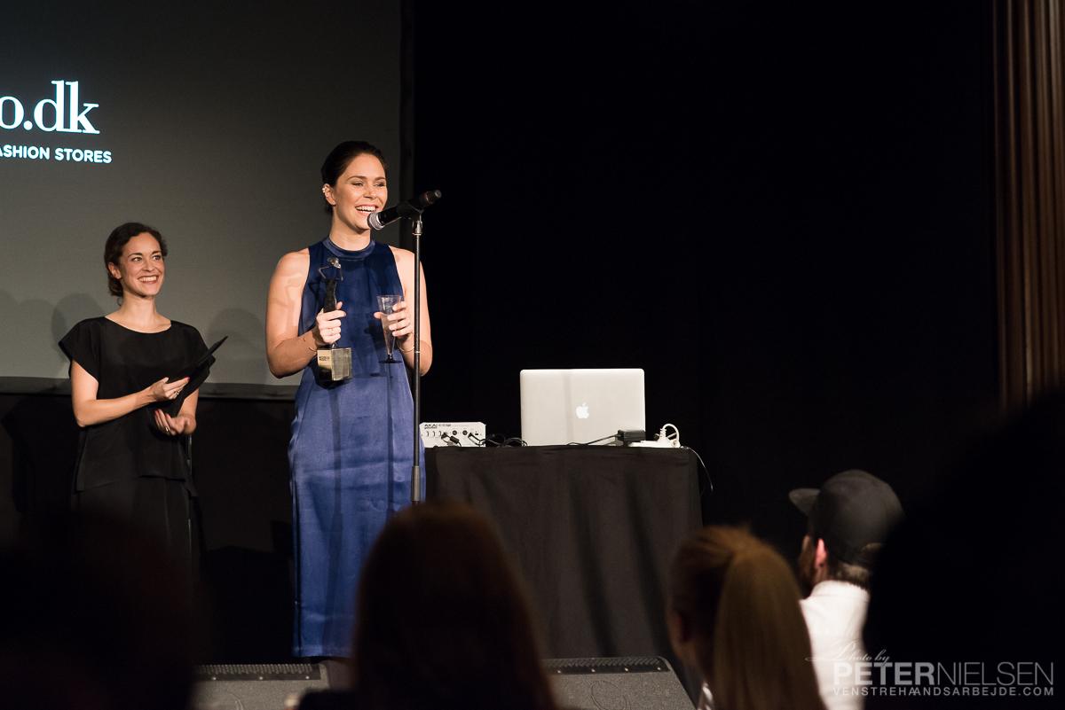 """Vinder """"Årets personlige modeblog"""": TWIN PEAKS"""