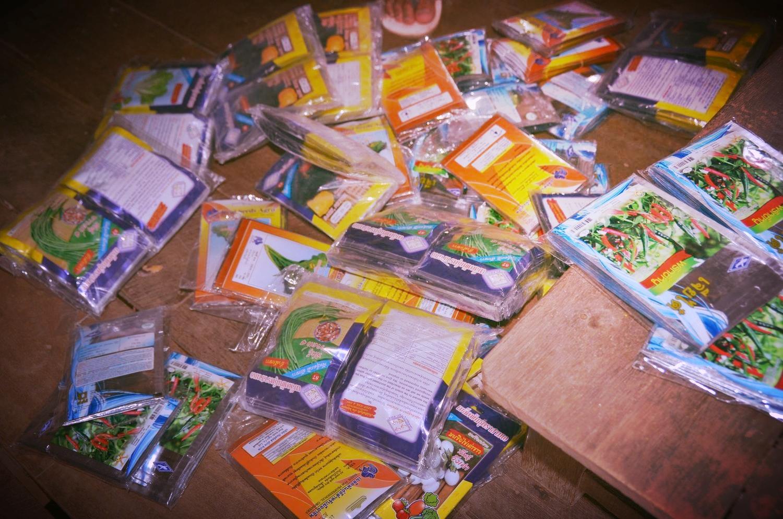 10k packets vege seeds_7 types.JPG