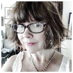 Lauren Burns Bookseller  1 Year
