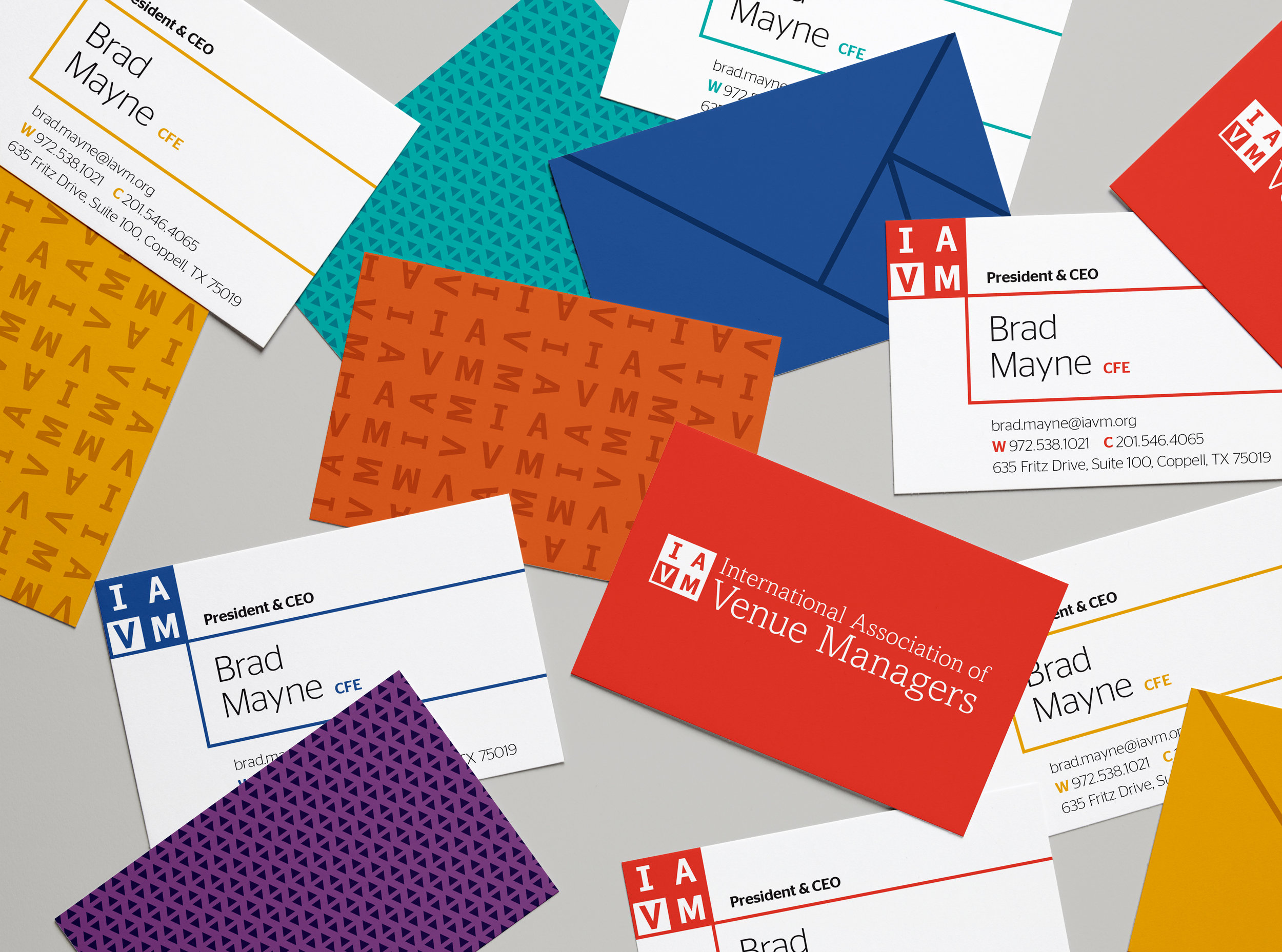 IAVM_Business Cards _01.jpg