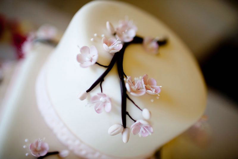 Wedding_Cake_Flowers_fondant.jpg