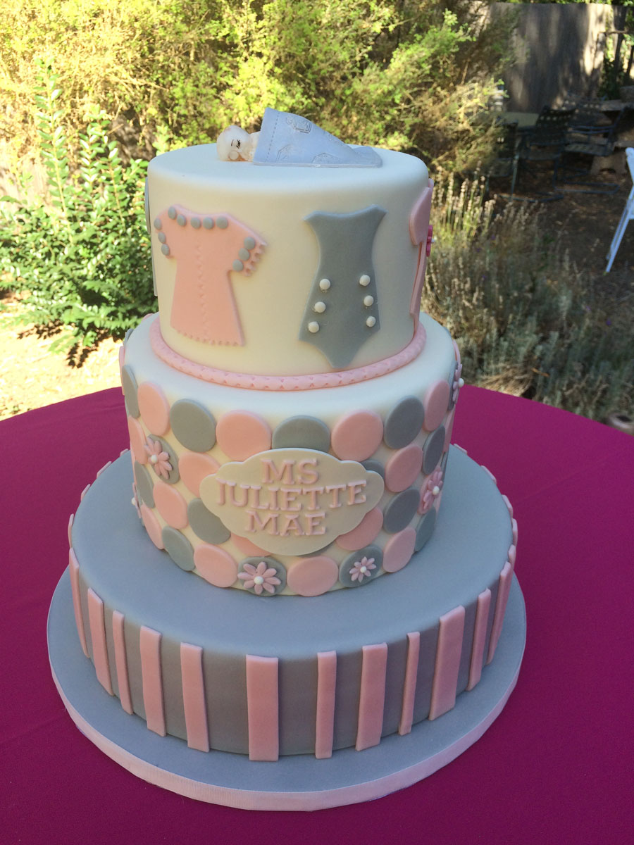 custom-cakes-09.JPG