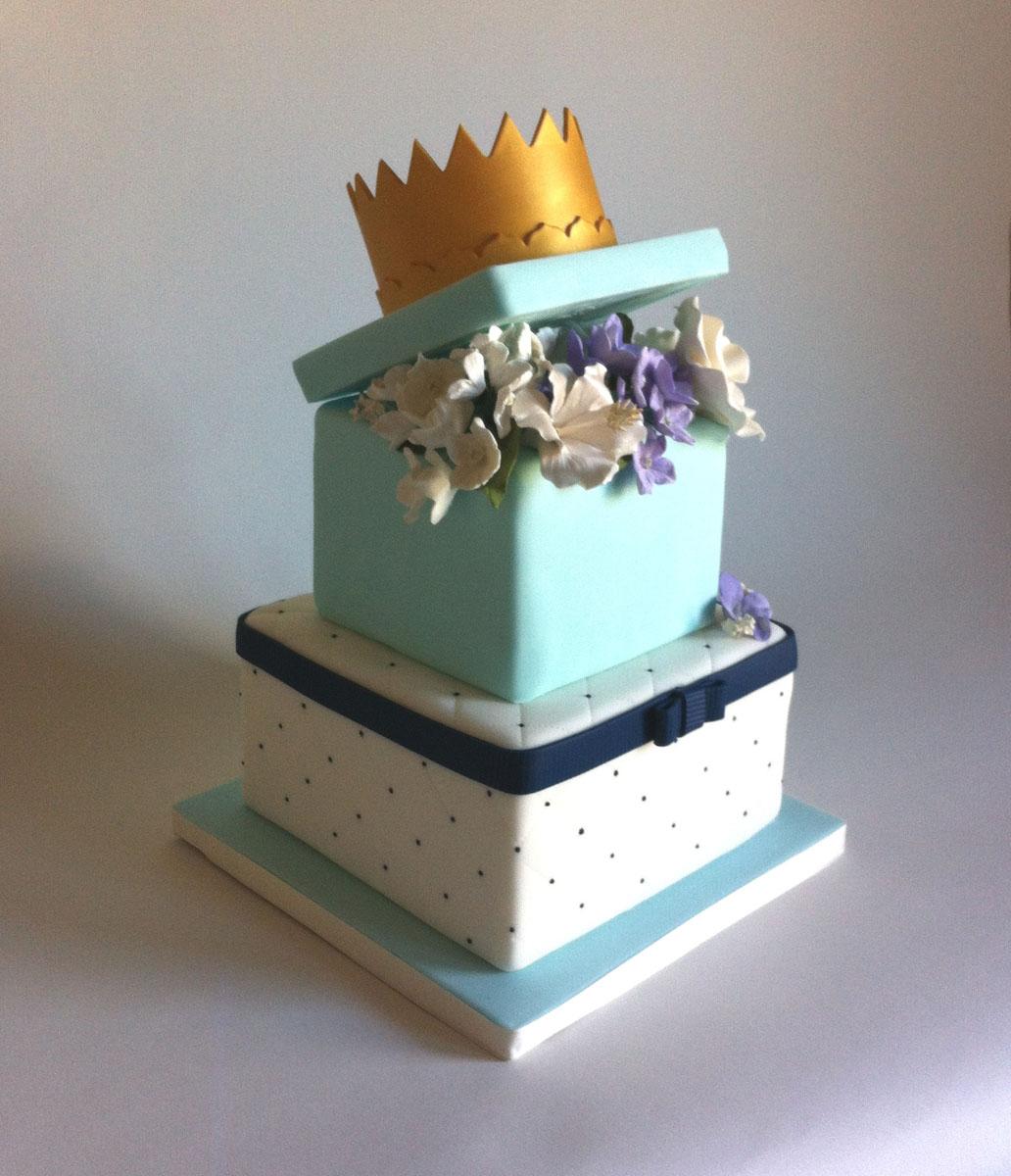 custom-cakes-11.JPG