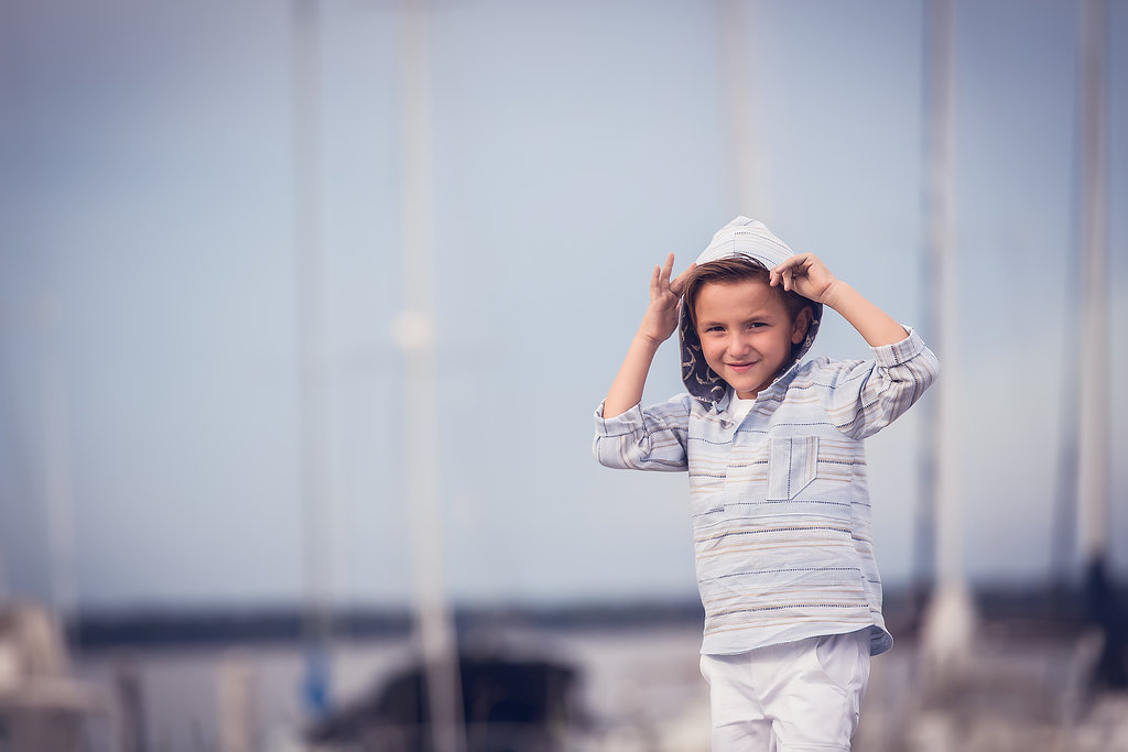 Lori sewed up this nautical inspired Mulberry Tunic and paired it with Kudzu Pants