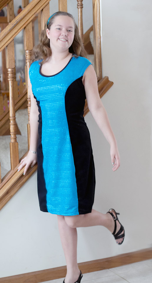 Color Block Dress PDF Pattern by So Sew Easy Reviewed on Pattern Revolution