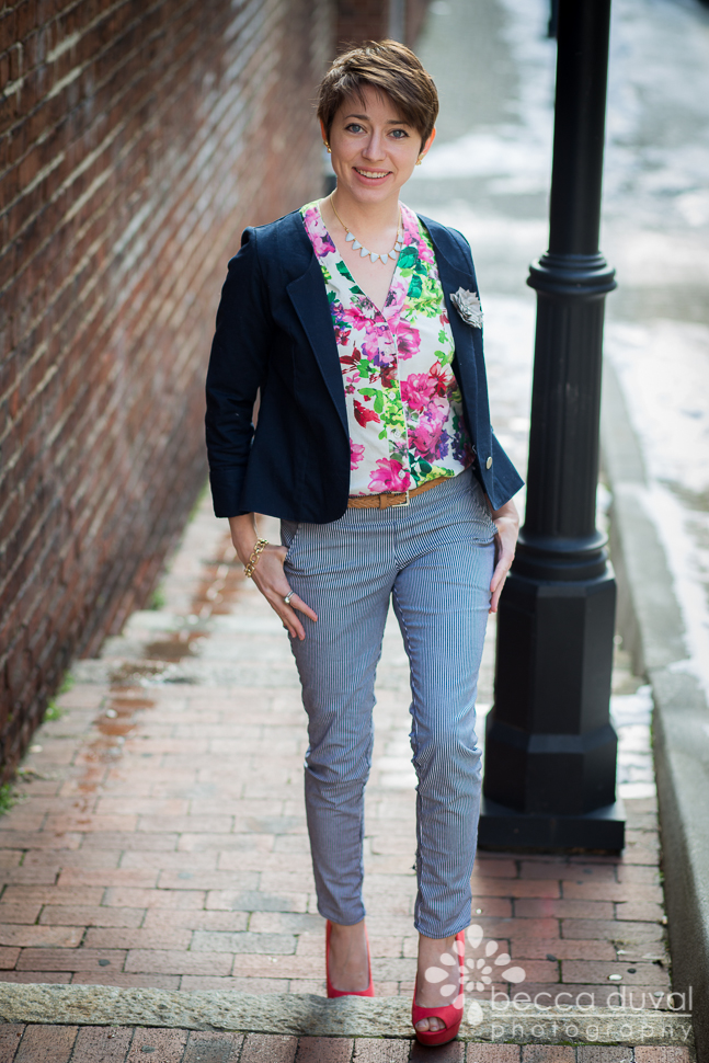 Winter Wear Designs Champs Elysee Blazer in a Navy Bottomweight Britex Remant, Floral Thread Theory Camas Blouse, and Jocole Skinny Pants in Robert Kauffman Stretch Denim